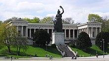 Bavaria with Ruhmeshalle in Munich. (Source: Wikimedia)
