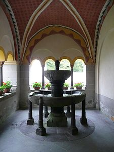 Bendorf cloister fountain.JPG