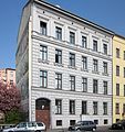 Berlin, Kreuzberg, Adalbertstrasse 77, Mietshaus.jpg