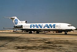 Boeing 727-235, Pan Am JP6008059.jpg