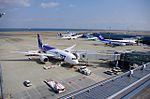 Boeing 787 Dreamliner (6809457508).jpg