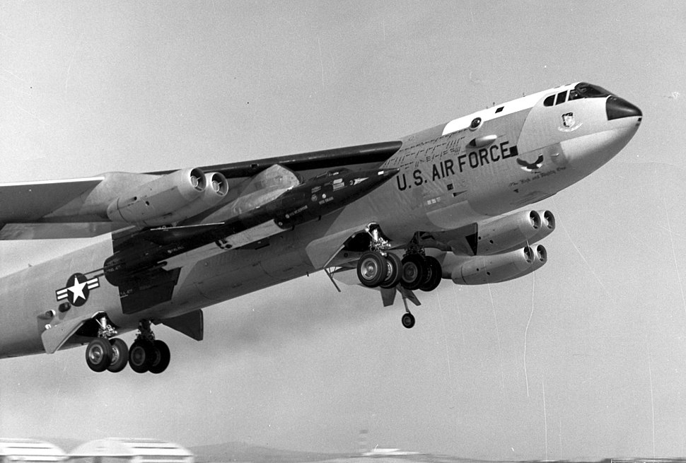 Boeing NB-52A carrying X-15