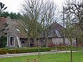 Boerderij. Bloemendaalseweg 58 in Gouda. Hooiberg en varkensstal.jpg