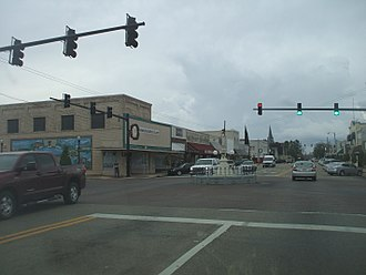 Alabama State Route 88 - SR 27/SR 88/SR 134 (Main Street) at the Boll Weevil Monument at the College Street intersection in Enterprise