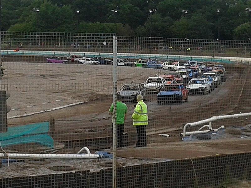 File:Brandon Stadium Coventry Heritage Stock Cars 2014.jpg