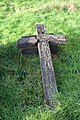Broken cross - geograph.org.uk - 1623465.jpg