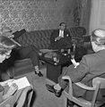 Bundesarchiv B 145 Bild-F008007-0012, Botschaft Pakistan, Pressekonferenz Industrieminister.jpg