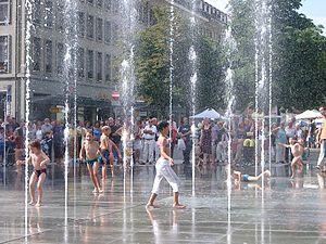 Bundesplatz - Image: Bundesplatz Kinderspiel