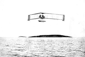 Dunne D.8 - The first Burgess-Dunne floatplane at Marblehead in 1914