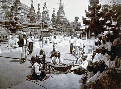 Burmese musicians at the Shwedagon Pagoda.jpg