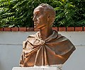 Bust of the Liberator Simon Bolivar.jpg