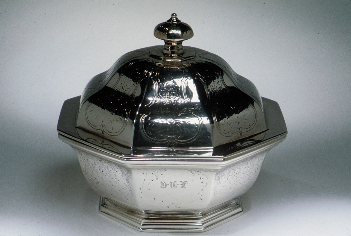 https://commons.wikimedia.org/wiki/File:Butter_Dish_MET_ADA5153.jpg
