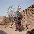 COLLECTIE TROPENMUSEUM Een Nunuma of Winiama maskerdanser TMnr 20031565.jpg