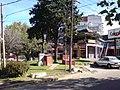 Calle De Los Aromos, Entrada de Ciudad Jardín, El Palomar, Buenos Aires, May-07 - panoramio.jpg