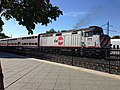 Caltrain engine 905 at Mountain View downtown station.jpg