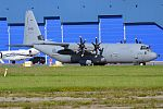 Canada Air Force, 130608, Lockheed CC-130J Hercules (28417142971).jpg