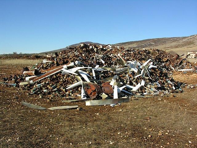 Znečisťovanie pôd odpadom z ľudských sídel