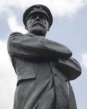 Captain Smith Statue.jpg