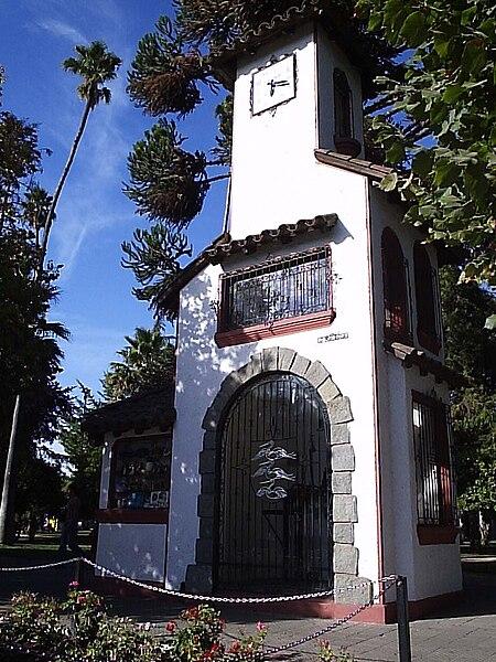 Archivo carillon opuesta a la calle rafael casanova santa for Santa cruz chile