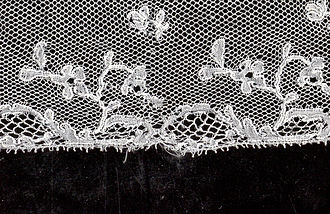 Mechlin lace - Image: Carolus Private Collection Mechelse kant detail