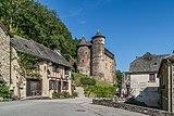 Castle of Vieillevie 03.jpg