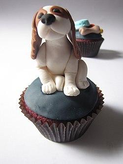 Cavalier King Charles Spaniel Cupcake (4302448829).jpg