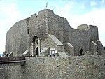 Cetatea Neamt-Intrarea.jpg