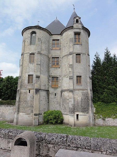 Château de Vic-sur-Aisne, le donjon
