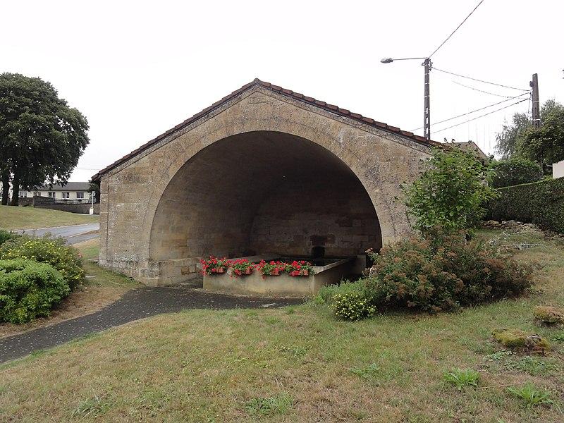 Chenières (Meurthe-et-M.) lavoir