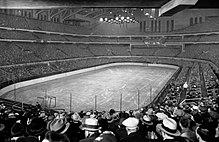 de0960986e7 Chicago Stadium - The interior of Chicago Stadium in February 1930