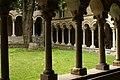 Chiostro dell'Abbazia Cluniacense di Santa Maria di Piona, Colico (Lecco) - panoramio (1).jpg