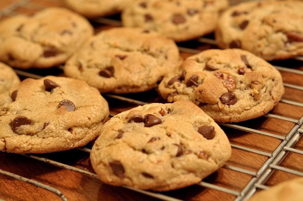 Arwen, passe la tête par la porte...  1024px-Chocolate_Chip_Cookies_-_kimberlykv
