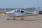 Cirrus SR22 'N214JK' (39470432655).jpg