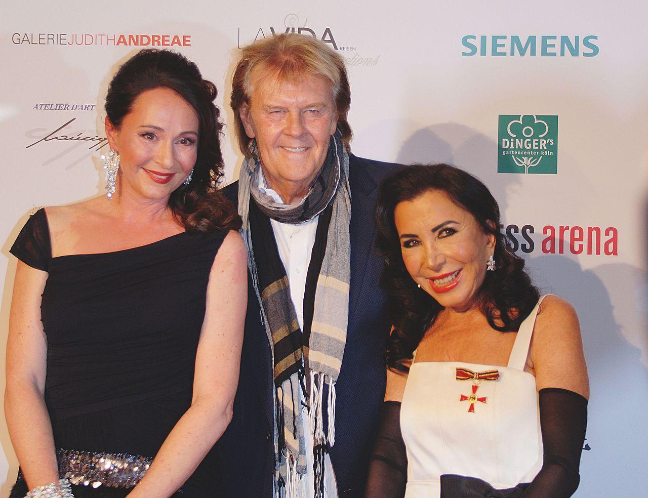 Claudia Hessel, Howard Carpendale, Brigitte Christoph (2).jpg