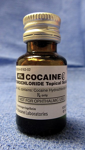 Cocaine hydrochloride Cocaine hydrochloride CII for medicinal use.jpg