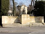 Compiègne (60), monument pour G. Guynemer, rue St-Lazare - bd Victor-Hugo 1.jpg
