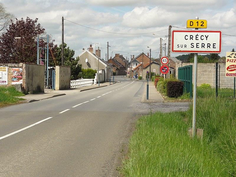 Crécy-sur-Serre (Aisne) city limit sign