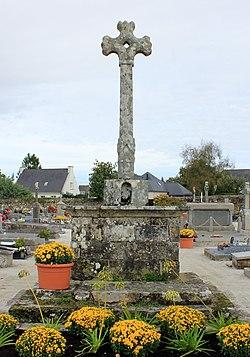 Croix de cimetière (Grand-Champ) 5831.JPG