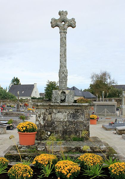 Croix de cimetière (Grand-Champ): vue générale depuis le sud