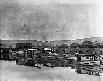 Cumberland and Pennsylvania Railroad - Image: Cumberland MD C&O Canal coal loading