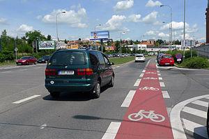 Bike lane - Image: Cyklopruh Strašnice 3