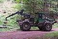 Débusqueur HSM 904Z grume hêtre.jpg