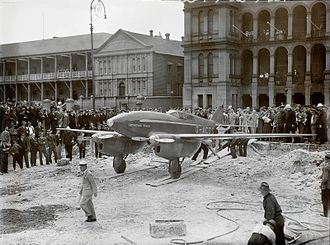 "De Havilland DH.88 - ""Grosvenor House"" in Martin Place, Sydney, Australia, 12 November 1934."