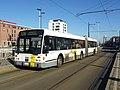 De Lijn 4142 - Van Hool AG500 - lijn 128 - Barthélémylaan.jpg