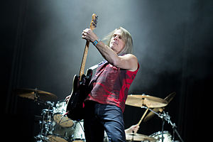 Steve Morse - Morse with Deep Purple in 2013.