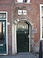 Delft - Achterom 47-53 (poort).jpg