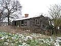 Derelict farm workers' cottage - geograph.org.uk - 403726.jpg