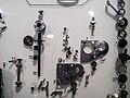 Die Explosivdarstellung einer Spiegelreflexkamera EXAKTA Varex IIa 07.jpg