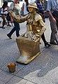 Dijon Statue humaine Bd de la Liberté (1).jpg