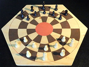 Diplomat chess - A diplomat chess game (with queen pieces used as diplomats).